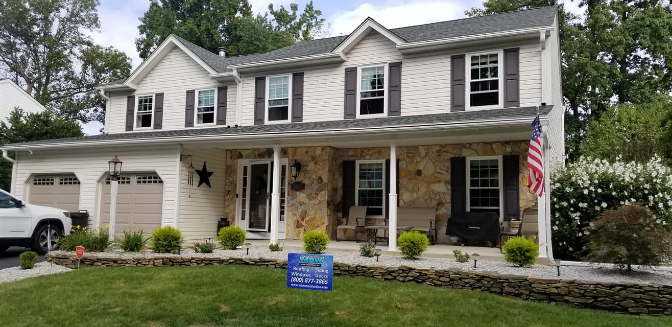 Roofing & Siding Contractors